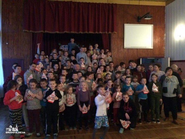 Клирики Одесской епархии посетили школы-интернаты для глухих и слабослышащих детей г. Одессы